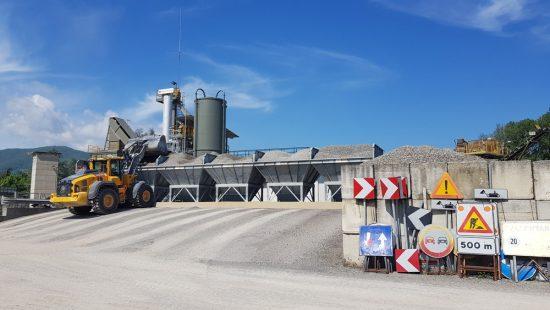 Impianto produzione conglomerati cementizi
